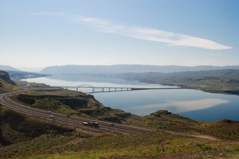 Miller_Columbia River Vantage Bridge